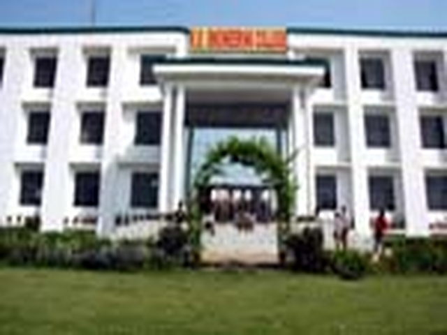 R D Engineering College Photos
