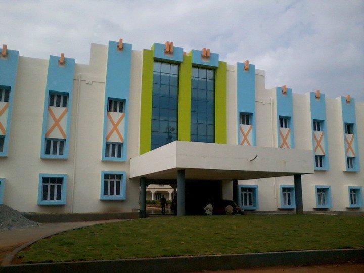 Patnam Rajendar Reddy Memorial Engineering College Photos