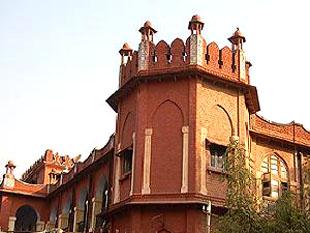 M J K College Champaran
