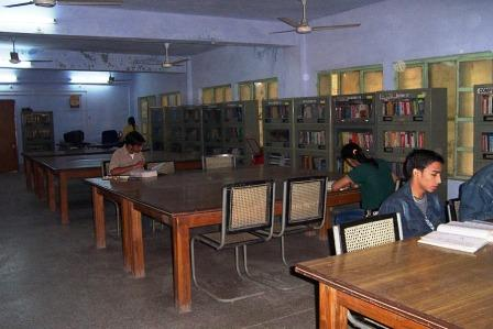 The Growing Central Library of MITS