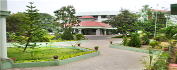 C M S College of Science and Commerce