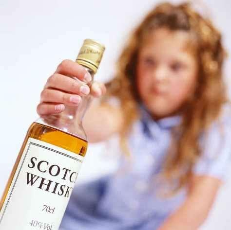 """Underage Drinking in India: Children hitting bottles for Temptation to """"Taste"""""""
