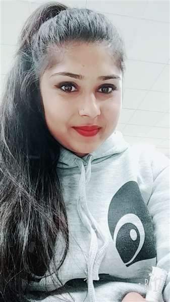 I m real sakshi chauhaan