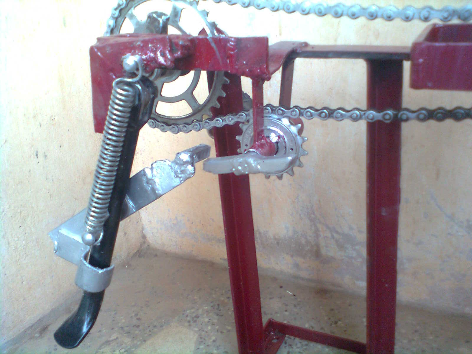 sprocket side stand retrival system