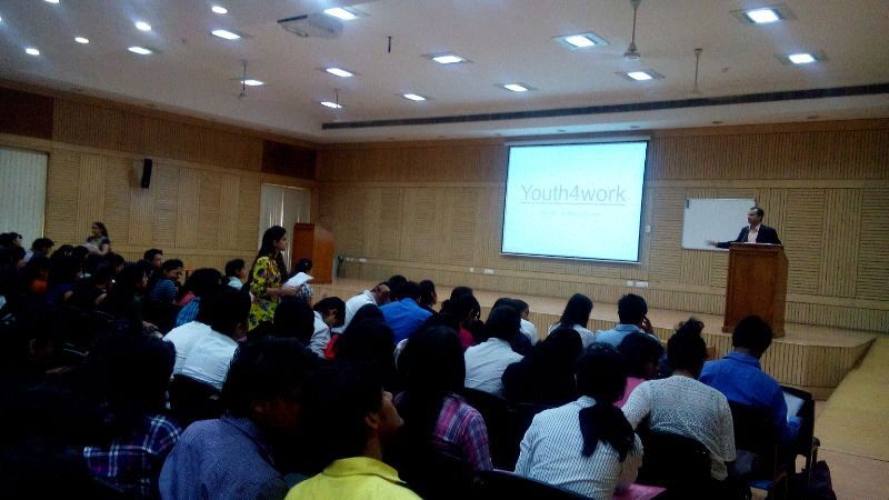 Youth4work's placement drive at Delhi University for Aon Hewitt
