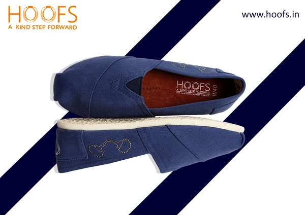 Hoofs Shoes layout design