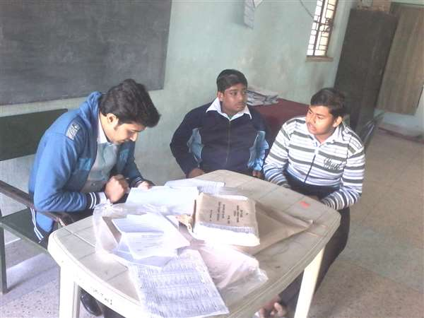 on the exam time Examiner i.c.w. H.S.Practical Exam 2015