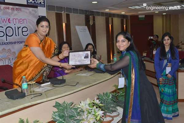 Best Woman Educationist and Entrepreneur Awarded by Smt Smriti Irani